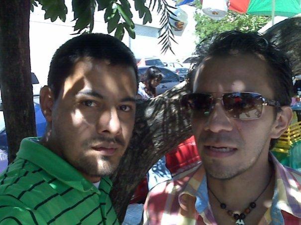 A la salida poniente del Inframen, durante las elecciones de marzo de 2009.
